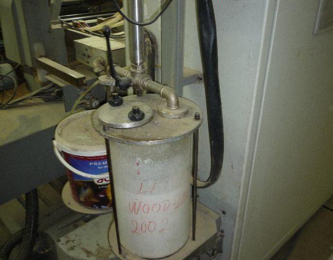 Durchlaufbohrmaschinenfertigungslinie Biesse